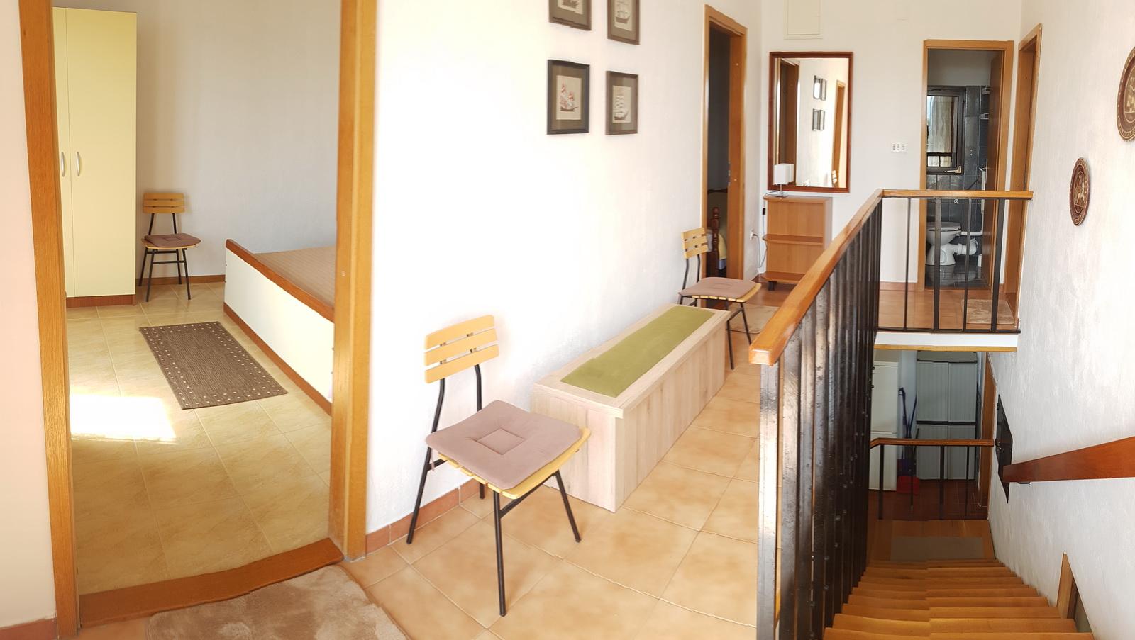 1. OG Treppenaufgang/Korridor